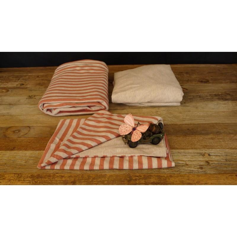 parure de lit en soie. Black Bedroom Furniture Sets. Home Design Ideas