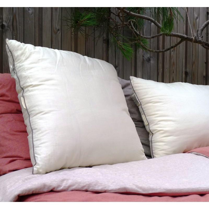 oreiller en soie waiting for alice. Black Bedroom Furniture Sets. Home Design Ideas