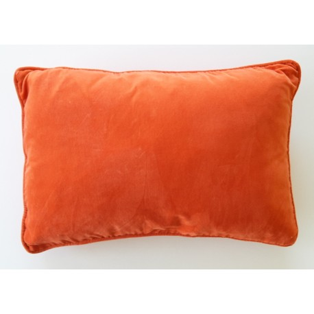 coussin en velours orange avec int rieur. Black Bedroom Furniture Sets. Home Design Ideas